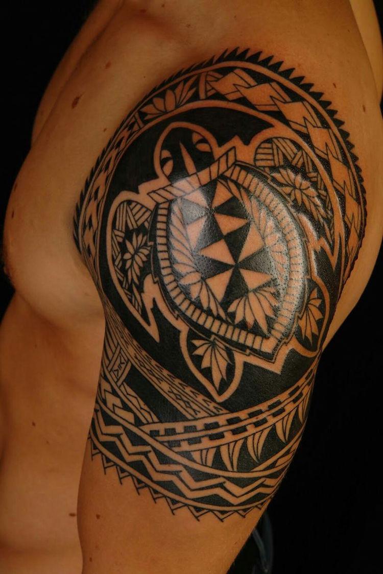 Mann tribal tattoo arm 13 Best
