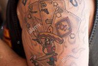 Bandidos Motorcycle Club Tattoo Auf Einem Biker Arm Stockfoto Bild regarding dimensions 866 X 1390