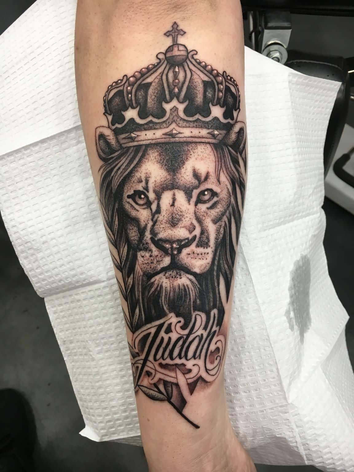 Black Ink Crown On Lion Head Tattoo On Left Arm Kohen Meyers inside proportions 1152 X 1536