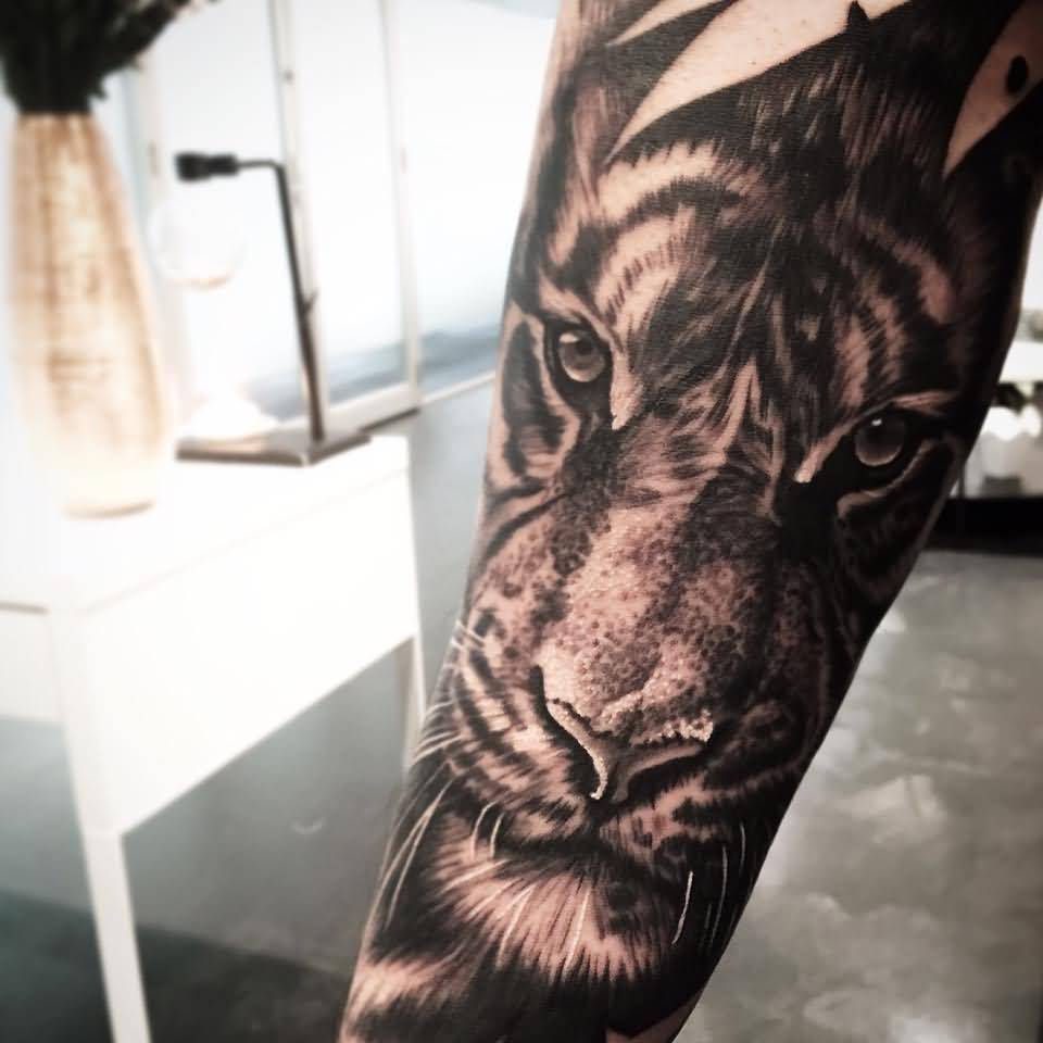 Black Ink Tiger Head Tattoo Design For Arm pertaining to size 960 X 960