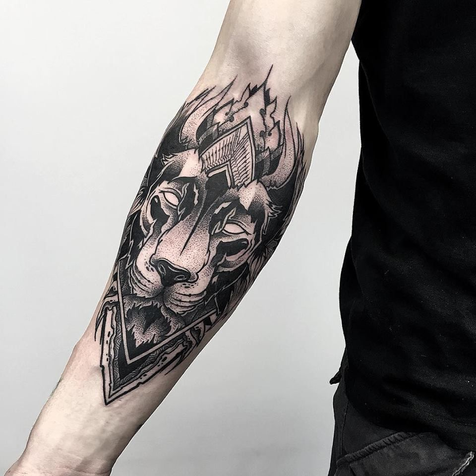 Blackwork Arm Lion Tattoo Otheser Saketattoocrew Tattoos in measurements 960 X 960