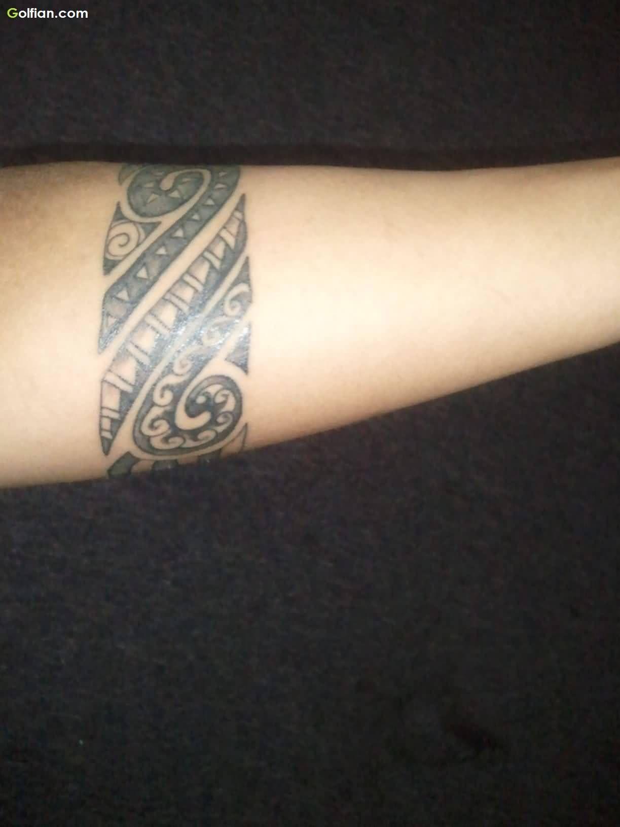 Cool Tribal Maori Armband Tattoo On Lower Arm 12231630 with regard to measurements 1223 X 1630