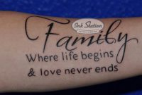 Familie Tattoo Familiy Lettering Text Unterarm Underarm Ink for proportions 1775 X 1024