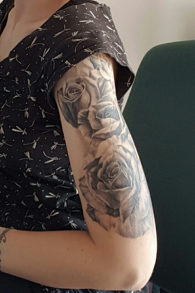 Great Soft Roses Half Sleeve Tattoo Black Grey White Roses On Upper with regard to sizing 815 X 1223