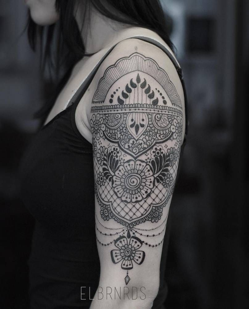Henna And Lace Inspired Tattoo On The Left Upper Arm And Shoulder inside measurements 807 X 1000