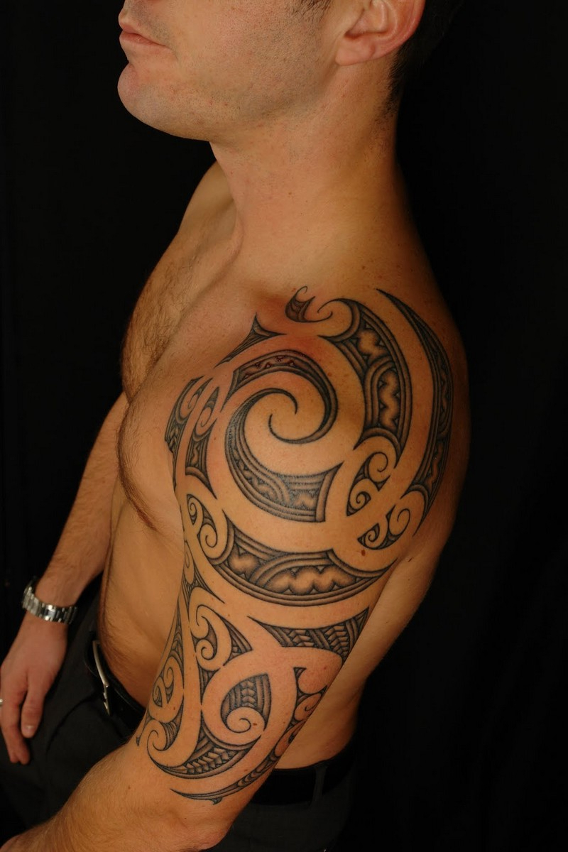 Mens Upper Arm Tribal Tattoos Tribal Arm Tattoos Designs And Ideas with regard to proportions 800 X 1200