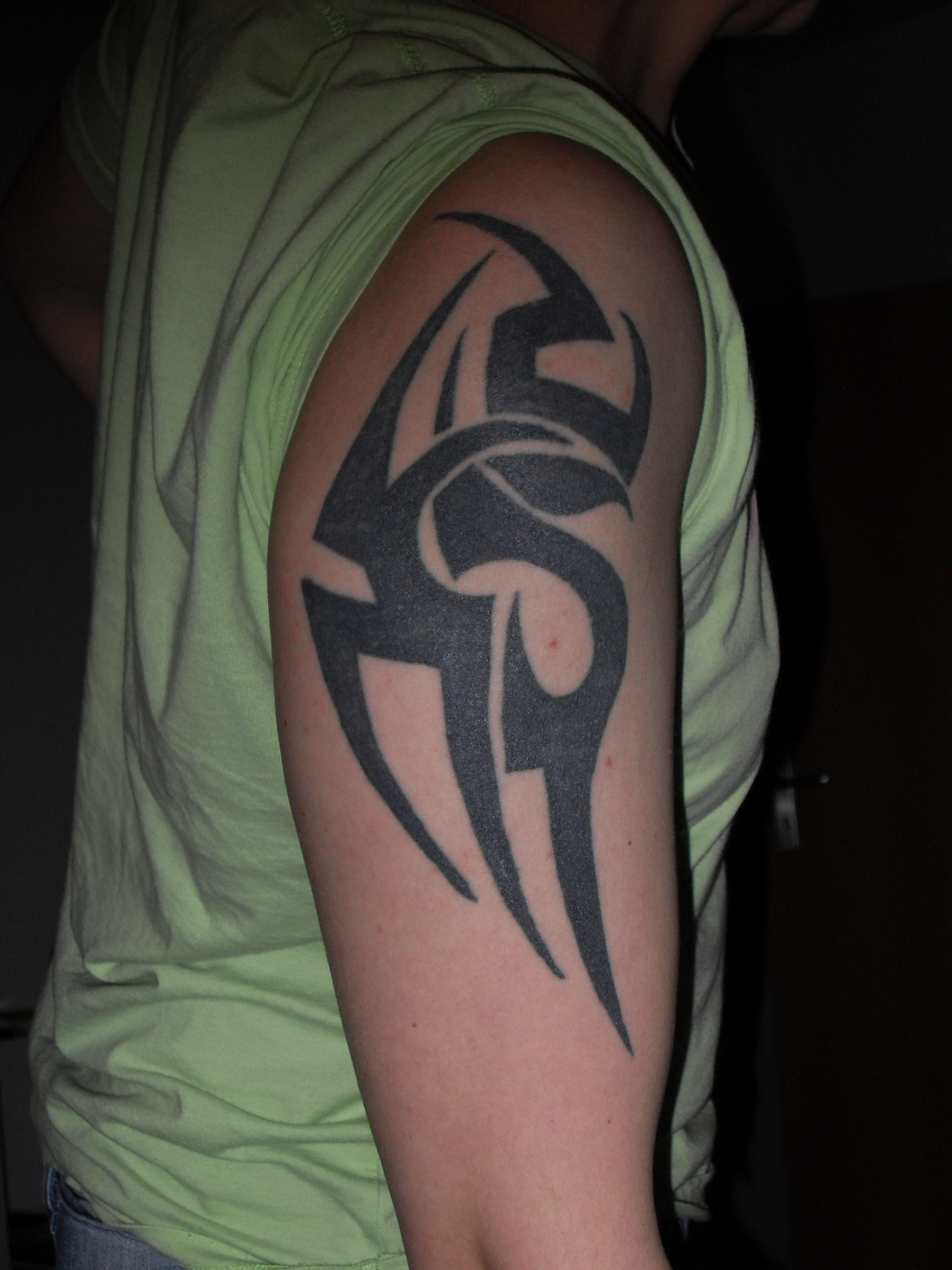 Oberarm Tribal Covern Verbessernirezumi Tattoo Bewertungde with proportions 1536 X 2048