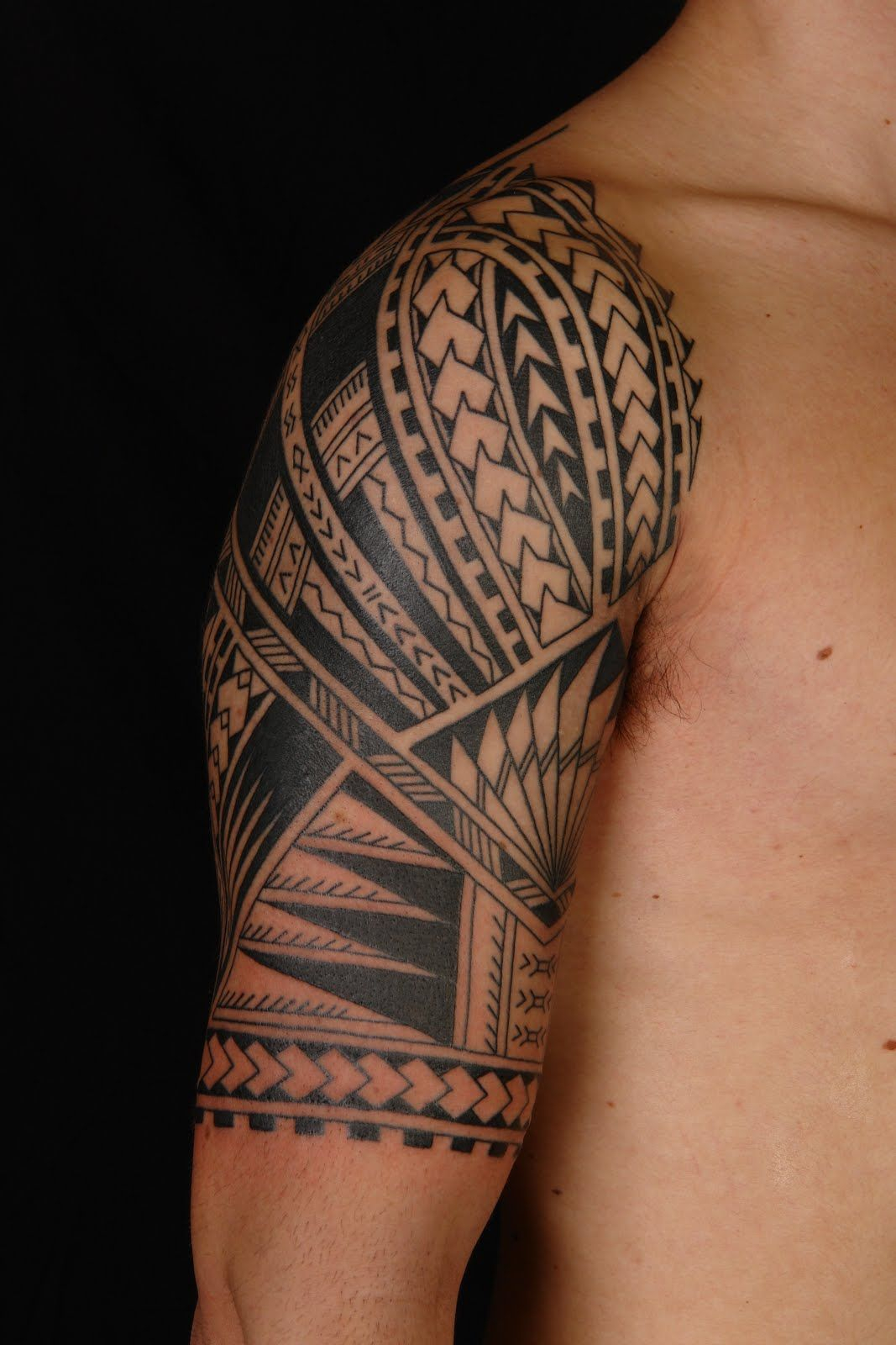 Polynesian Tattoos Gallery And Article Ink Done Right Poly Tat regarding measurements 1067 X 1600