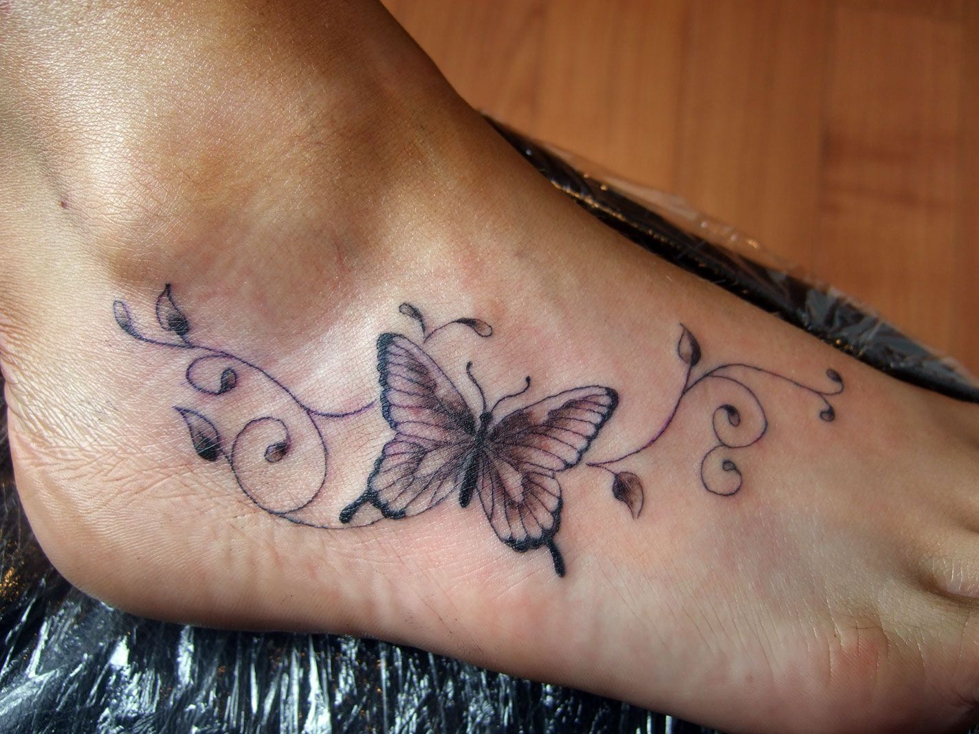 Awesome Butterfly Tattoos On Foot Design Stylendesigns in dimensions 1424 X 1068